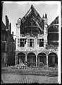 Maison - Façades des maisons de la Grande Place - Arras - Médiathèque de l'architecture et du patrimoine - APDU001338.jpg