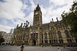 Manchester town hall 2009 wide angle.jpg