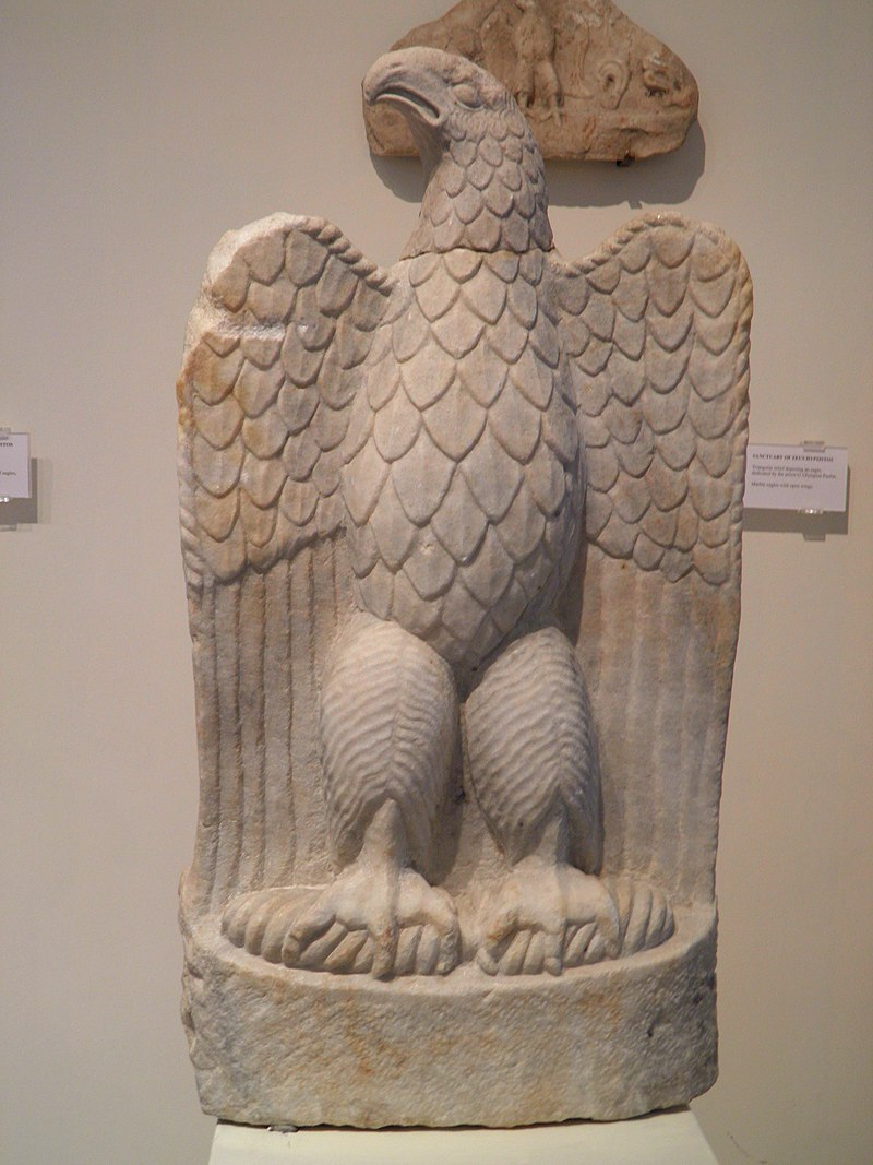 Marble eagle with open wings, from the sanctuary of Zeus Hypsistos, Archaeological Museum, Dion (7080054119).jpg