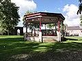 Maroilles (Nord, Fr) kiosque à musique.jpg