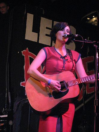 Melissa McClelland - Performing live.
