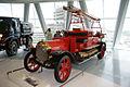 Mercedes-Benz Feuerwehr-Motorspritze 1912 LSideFront MBMuse 9June2013 (14980497881).jpg