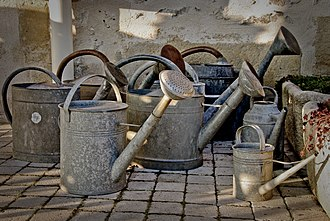 Watering can - Assorted watering cans made of metal