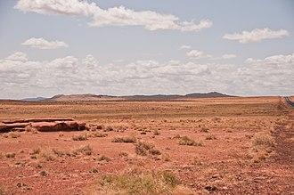 Rim (crater) - Crater rim of Meteor Crater, Arizona