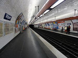 Riquet (Paris Métro) - Image: Metro de Paris Ligne 7 Riquet 06