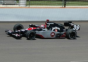 Michael Andretti practicing for the 2007 India...