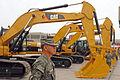 Ministerio de defensa, entrega nueva maquinaria pesada al ejercito (8444407483).jpg