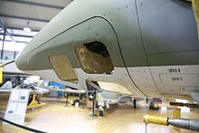 Apparecchiature per la ricognizione fotografica su un Mirage III in versione ricognitore