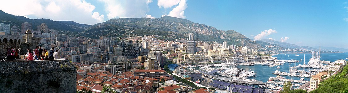 Panorama of La Condamine and Monte Carlo from the lookout near the Prince's Palace of Monaco in Monaco-Ville. Monaco pano.jpg