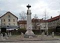 Monument aux morts - Beaurepaire.jpg