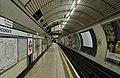 Moorgate station MMB 08.jpg