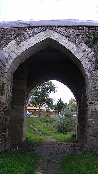 A gate in the moulin pendu in Champtoceaux