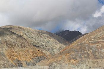 Mountains Ladakh 03.jpg
