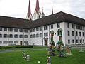 Muri Klostervorplatz.jpg