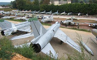 320px-Musee_de_l%27Aviation_de_Savigny-les-Beaunes