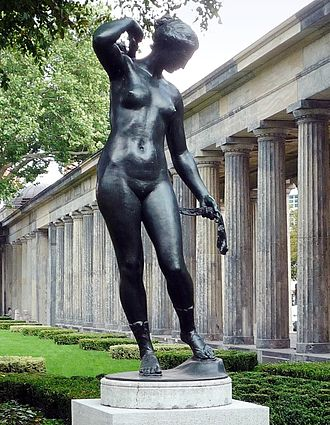 Reinhold Felderhoff - Diana, in the Colonnade Park of Museum Island