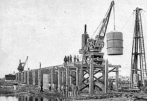 Neuquén-Cipolletti bridges - Construction of the bridge, 1901