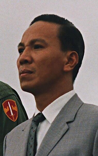 Tập tin:Nguyễn Văn Thiệu.jpg
