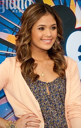 Nicole Anderson op 10 juni 2010 bij de opening van World of Color in Disney California Adventure Park.