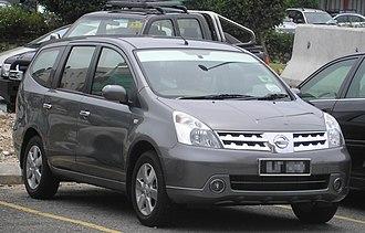 Nissan Motor Indonesia - Image: Nissan Grand Livina (first generation) (front), Serdang