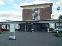 Northfields station.jpg