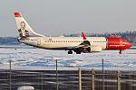 Norwegian (Victor Borge livery), LN-NGO, Boeing 737-8JP (16270385519) (2).jpg