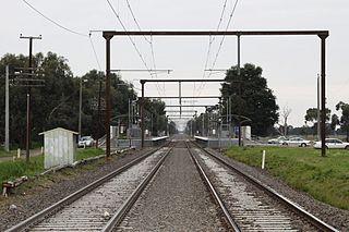 Officer railway station Railway station in Melbourne, Australia