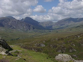 Dyffryn Ogwen - View west down the Ogwen Valley from the Crimpiau. Tryfan and the Glyderau to the left, the Carneddau to the right.