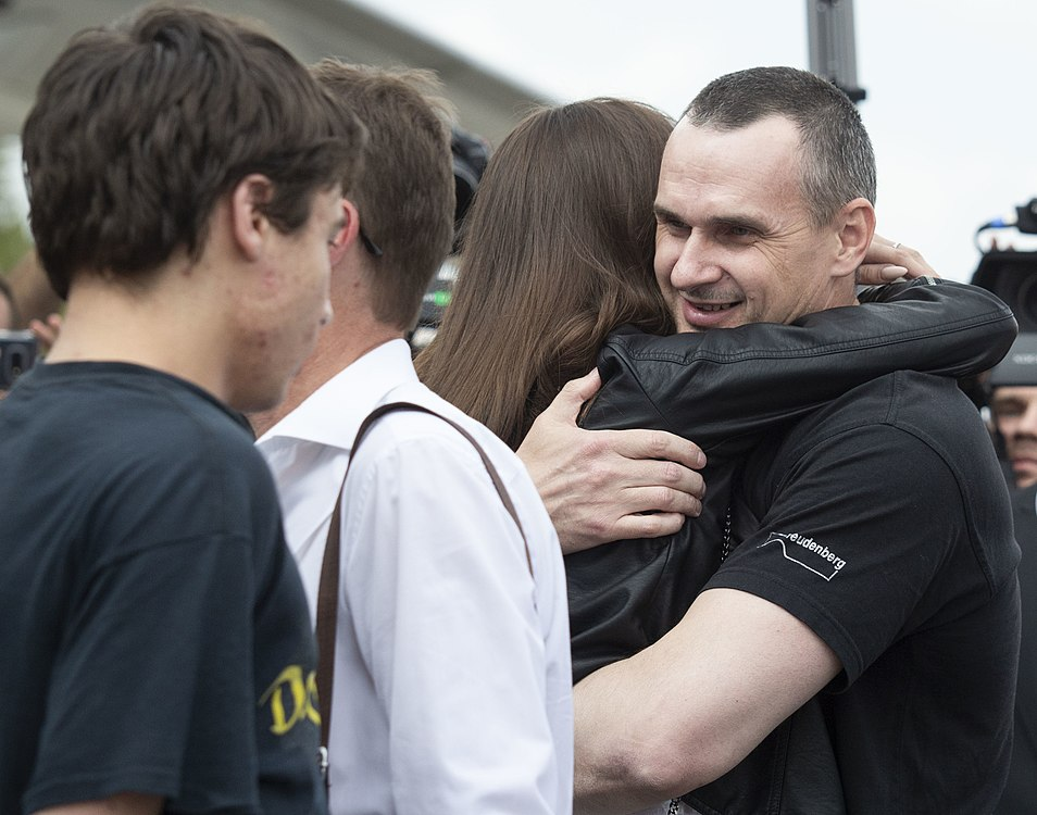 Oleh Sentsov return 04.jpg