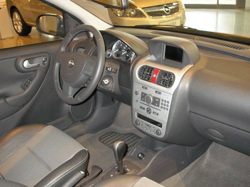 Opel corsa c mp3s abspielen for Opel corsa 2010 interior