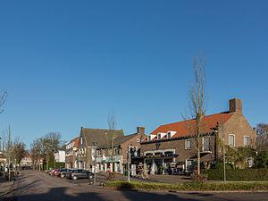 Opheusden - Image: Opheusden, straatzicht Dorpsstraat foto 8 2014 11 24 12.18