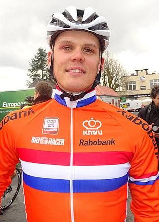 Oudenaarde - Ronde van Vlaanderen Beloften, 11 april 2015 (B155).JPG