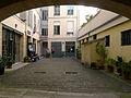 P1280047 Paris VIrue Furstemberg n6 musee Delacroix rwk.jpg