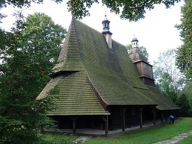 http://upload.wikimedia.org/wikipedia/commons/thumb/1/1b/PL_-_Sekowa_-_Church_of_Saints_Philip_and_James_-_Kroton_001.JPG/640px-PL_-_Sekowa_-_Church_of_Saints_Philip_and_James_-_Kroton_001.JPG