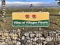 Panneau Villes Villages Fleuris Route Villeneuve Crottet 1.jpg