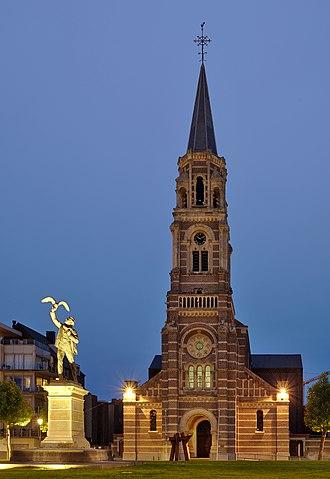 Roeselare - Image: Parochiekerk Sint Amands, Roeselare (DSCF9989)