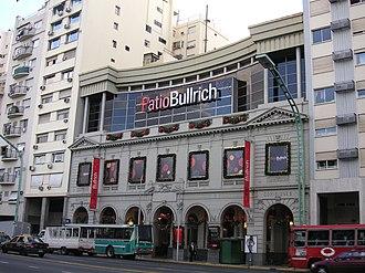 Avenida del Libertador - Image: Patio Bullrich Mall