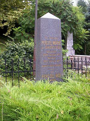 Mór Perczel - Grave in Bonyhád