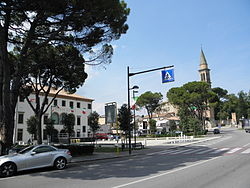 Piazza del Municipio (Town hall square) and Via Roma in Carrara San Giorgio