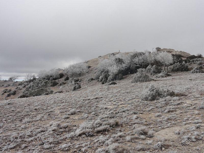 File:Pic de la Roca Corbatera.JPG