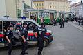Polizeiübung Holding Graz Linien (Juni 2013) (9308744636).jpg