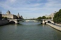 Pont Notre-Dame Paris FRA 001.JPG