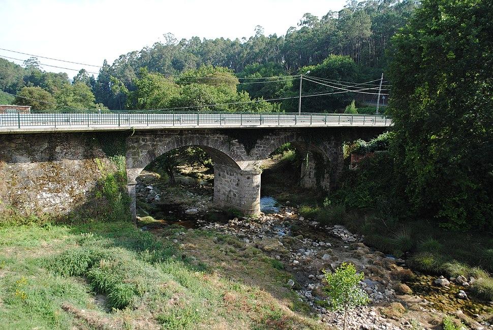 Ponte sobre o río Tamuxe