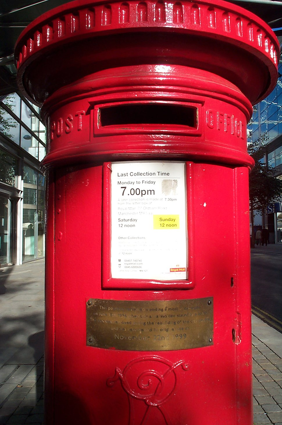 Postbox Manchester survived IRA 1996 bomb 20051020