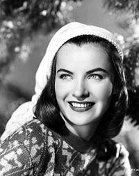 Promotional photograph of Ella Raines.jpg