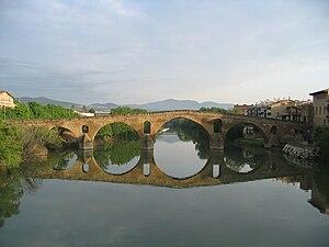 Puente La Reina – Gares - Image: Puente la reina