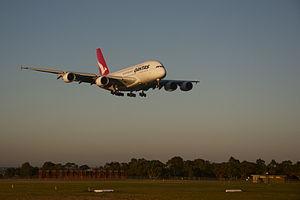 Qantas A380 lands and Melbourne Airport.jpg