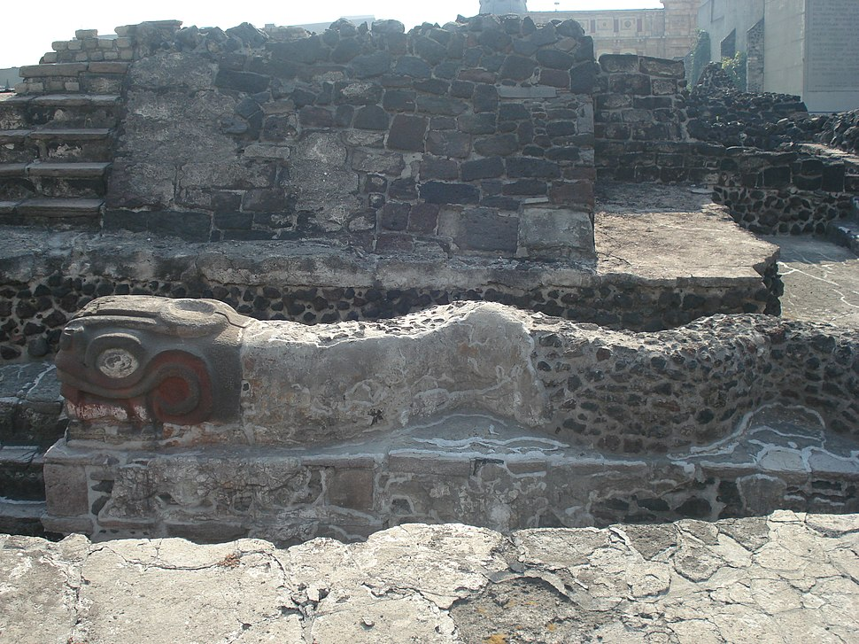 Quetzalcoatl en Templo Mayor - panoramio