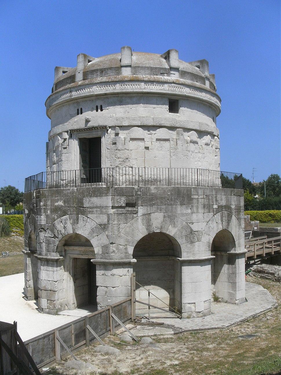 RA Theoderich-Mausoleum SW