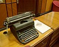 Remington typewriter in the anteroom of the Chief Justice's Chambers, Old Supreme Court Building, Singapore - 20080801-02.JPG